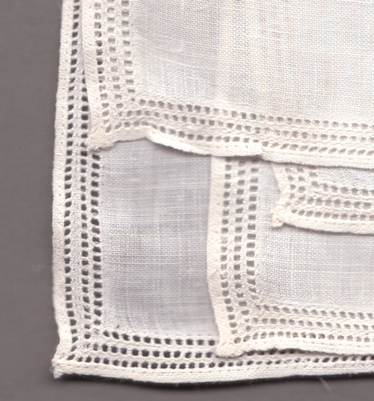 Linen handkerchief. Source: Wikimedia Commons