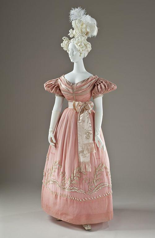 Dress of silk satin and silk organza, 1830. Source: Wikimedia Commons.