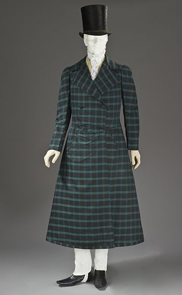 An overcoat from 1820 made of wool-cotton twill. Source: Wikimedia Commons.
